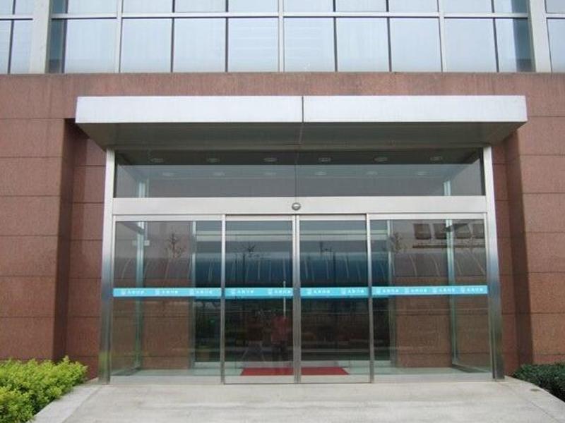 济南自动玻璃门